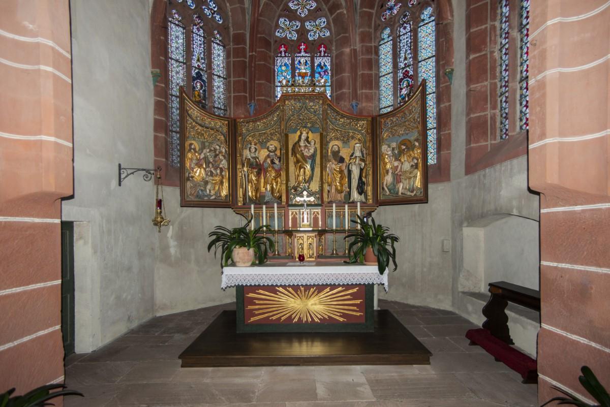 Interieur kerkje Hirschhorn